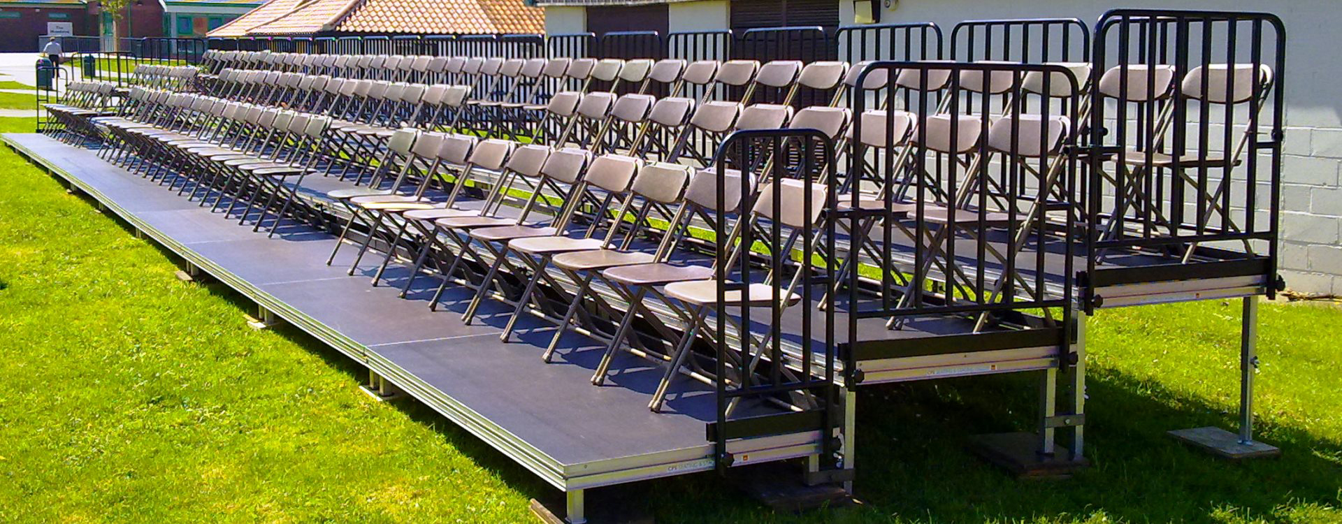 Demountable Seating