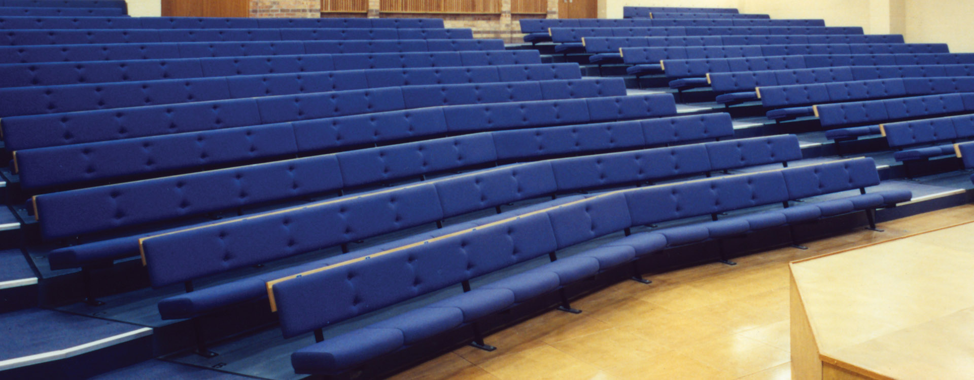 Bench Seating Lecture Theatre Cps Manufacturing
