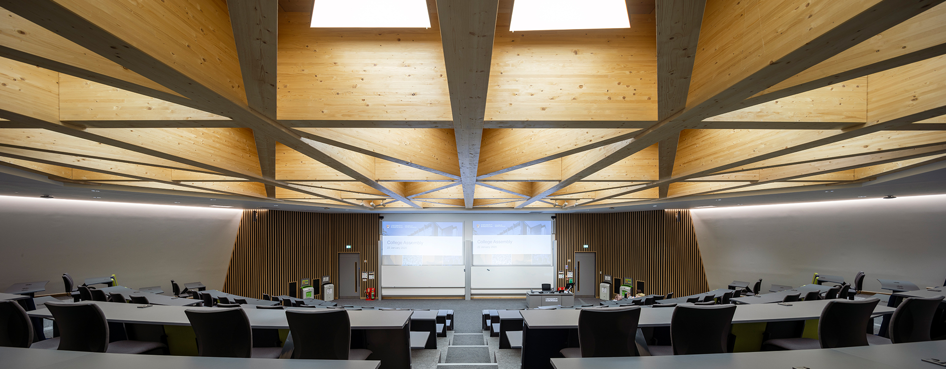 University of Birmingham Lecture Theatre and Collaborative Bench Seating